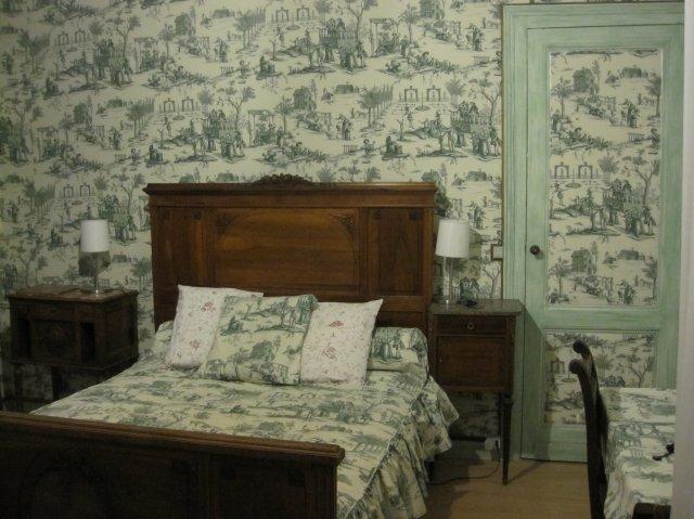 Chambred\'hôtesBordeaux:UNE MAISON à PARTAGER -- chambre ancienne